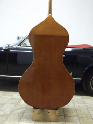 """Cosimo Fischetti, modello """"a Pera"""" dasato su uno strumento Giacomo Rivolta 1848."""